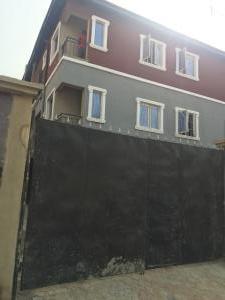 1 bedroom Self Contain for rent Folagoro Yaba Fola Agoro Yaba Lagos