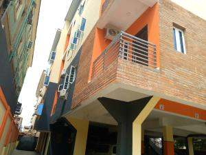 4 bedroom Flat / Apartment for sale Moleye Alagomeji Yaba Lagos