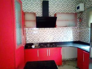 1 bedroom mini flat  Shared Apartment Flat / Apartment for rent Inside a mini estate Agungi Lekki Lagos