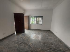3 bedroom Flat / Apartment for rent Olubosi close  Saka Tinubu Victoria Island Lagos