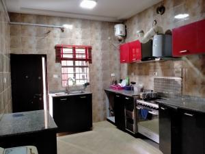 1 bedroom mini flat  Shared Apartment Flat / Apartment for rent Ocean Breeze Ologolo Lekki Lagos