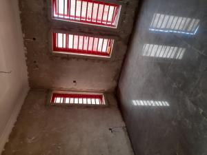 1 bedroom mini flat  Self Contain Flat / Apartment for rent Platinum way  Jakande Lekki Lagos