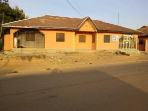 3 bedroom Mini flat Flat / Apartment for sale Opposite Old Obas House Karu Nassarawa