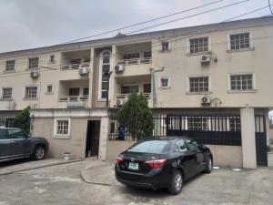 3 bedroom Flat / Apartment for rent Akinola cole street  Adeniyi Jones Ikeja Lagos
