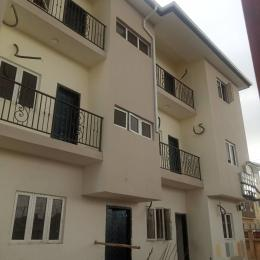 2 bedroom Flat / Apartment for rent In an estate Mende Maryland Lagos
