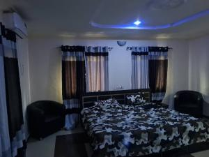 1 bedroom mini flat  Shared Apartment Flat / Apartment for shortlet Ayinde 2 Off Ire Akari Estate Akala Express Ibadan Oyo