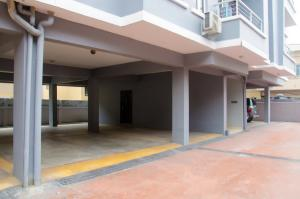 2 bedroom Blocks of Flats House for rent By Chevron Toll Gate Oral Estate Lekki Lagos