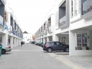 3 bedroom Detached Duplex House for rent chevron Lekki Lagos
