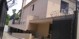 3 bedroom Mini flat Flat / Apartment for rent   Aso Drive, adjoining IBB Golf course  Maitama Abuja