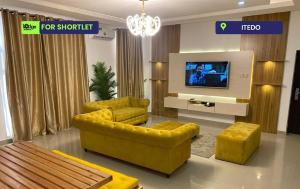 3 bedroom Blocks of Flats House for shortlet Itedo Lekki Phase 1 Lekki Lagos