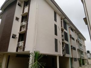 4 bedroom Flat / Apartment for rent Off Akin Adesola Victoria Island Lagos