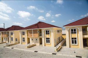 4 bedroom Semi Detached Duplex House for sale Off Kennedy Okonkwo way Osapa london Lekki Lagos