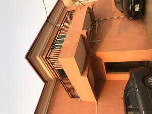 Flat / Apartment for rent Off st finbarrs road akoka Akoka Yaba Lagos