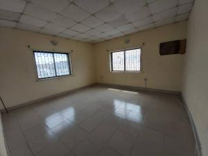 1 bedroom mini flat  Self Contain Flat / Apartment for rent Alan Balogun Estate Agungi Lekki Lagos