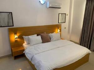 3 bedroom Blocks of Flats for shortlet Phase 1 Lekki Phase 1 Lekki Lagos
