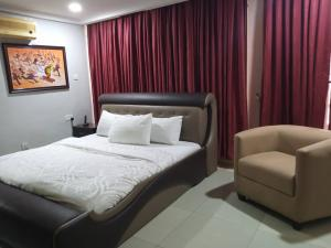 2 bedroom Flat / Apartment for shortlet Adeola Odeku Victoria Island Lagos