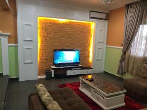 2 bedroom Mini flat Flat / Apartment for shortlet Life camp Life Camp Abuja