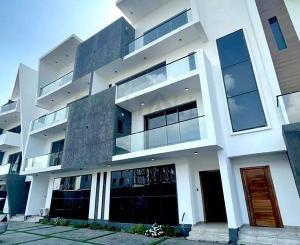 4 bedroom Massionette House for rent ONIRU Victoria Island Lagos