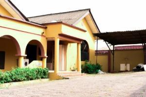5 bedroom Detached Duplex House for sale Off Lagos Road Jumofak Ikorodu Lagos