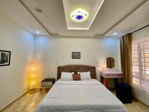 3 bedroom Penthouse for shortlet Victoria Bay Estate chevron Lekki Lagos