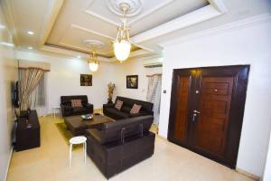 4 bedroom Penthouse for shortlet Allen Avenue Ikeja Lagos
