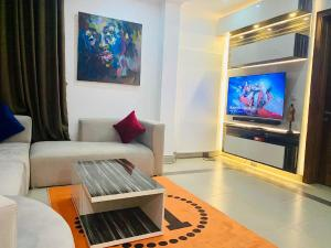 1 bedroom Flat / Apartment for shortlet ONIRU Victoria Island Lagos