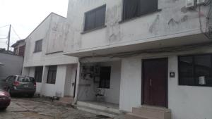 2 bedroom Office Space Commercial Property for rent Panti Street Adekunle Yaba Lagos