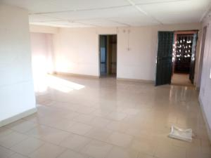 4 bedroom Penthouse Flat / Apartment for rent oyefeso Obanikoro Shomolu Lagos