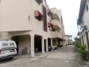 4 bedroom Flat / Apartment for rent Off Ligali Ayorinde  Victoria Island Lagos