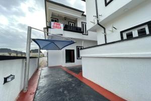 4 bedroom Semi Detached Duplex House for sale Orchid Hotel Road Lekki Phase 2 Lekki Lagos