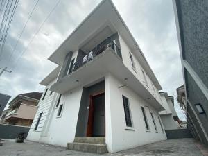 6 bedroom Detached Duplex House for sale Off chevron drive chevron Lekki Lagos