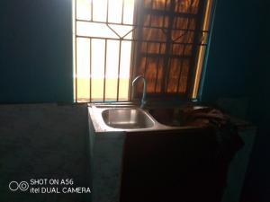 1 bedroom mini flat  Self Contain Flat / Apartment for rent Fawole estate Igbogbo Ikorodu Lagos