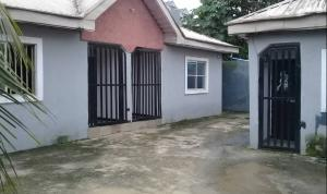 3 bedroom Blocks of Flats House for sale Tony Okocha close off East West road by Rumuigbo Magbuoba Port Harcourt Rivers
