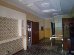 Flat / Apartment for rent Alagomeji, Yaba, Lagos. Alagomeji Yaba Lagos