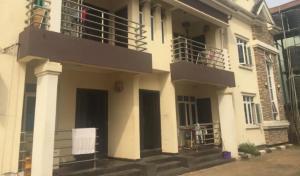 3 bedroom Flat / Apartment for rent ff Giwa-Amu GRA , off airport road, Benin city Oredo Edo