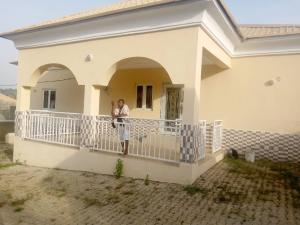 3 bedroom Detached Bungalow House for rent Trans Engineering estate dawaki Gwarinpa Abuja