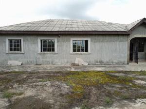 Detached Bungalow for sale Makogi Magboro Obafemi Owode Ogun
