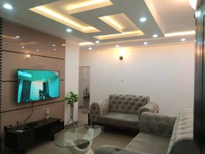 2 bedroom Flat / Apartment for shortlet Wuse 2 Abuja