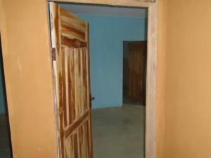 1 bedroom mini flat  Self Contain Flat / Apartment for rent off oba akran by guinness Oba Akran Ikeja Lagos