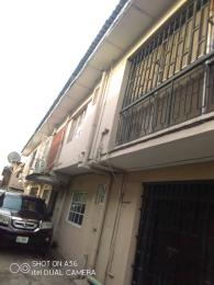 3 bedroom Blocks of Flats House for sale Femi Ayantuga Crescent  Adelabu Surulere Lagos