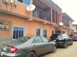 3 bedroom Blocks of Flats House for rent Iyana ipaja on Tared road Egbeda Alimosho Lagos