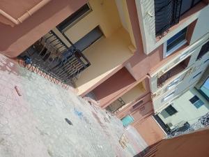 1 bedroom Self Contain for rent Alagomeji Yaba Alagomeji Yaba Lagos