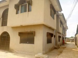 3 bedroom Blocks of Flats House for sale Akesan by adexion bus stop Igando Ikotun/Igando Lagos