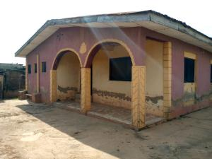 5 bedroom Detached Bungalow House for sale Araoye estate, Hope/Ogbere Area off Old ife road Alakia Ibadan Oyo