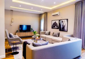 4 bedroom Terraced Duplex House for shortlet Ikate Lekki Lagos