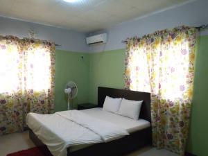 2 bedroom Studio Apartment Flat / Apartment for shortlet modern farming area, Oluyole extension, Oluyole estate Oluyole Estate Ibadan Oyo