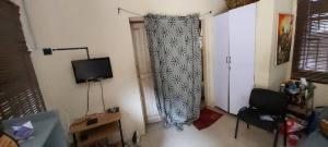 10 bedroom Blocks of Flats House for sale Academy Junction, odo Ona Elewe Akala Express Ibadan Oyo