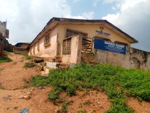 8 bedroom Detached Bungalow for sale Alapinni Layout, Owode Boluwaji Area Near Lagos Ibadan Expressway Ibadan Oyo