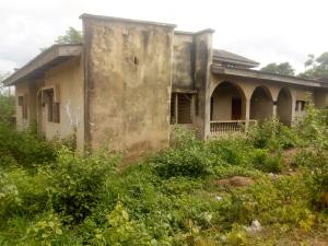 6 bedroom Detached Bungalow House for sale Ebo Ope Street, near Apete-Poly Motor park, Apete Ibadan Oyo
