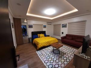 10 bedroom Studio Apartment Flat / Apartment for shortlet   Katampe Ext Abuja